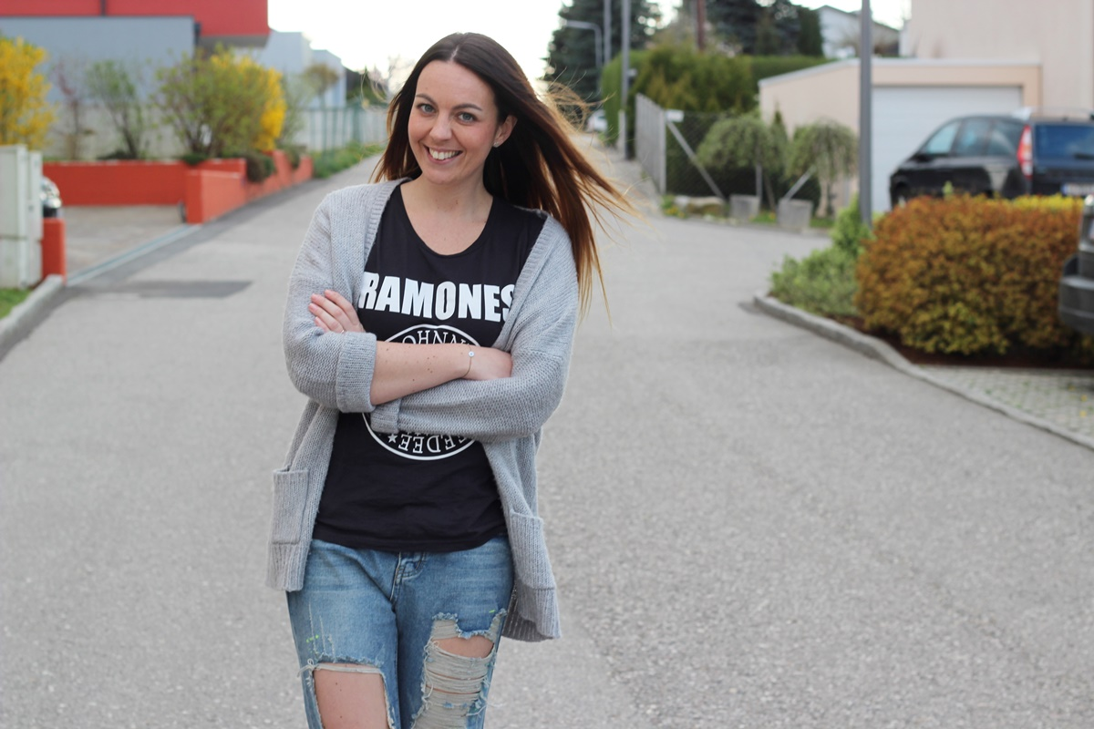 Outfit Ohdelally Linz Ramones14