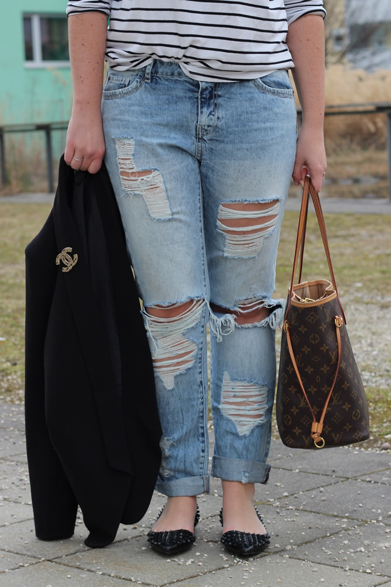 Outfit Stripes vs. Chanel Brosche Canello2