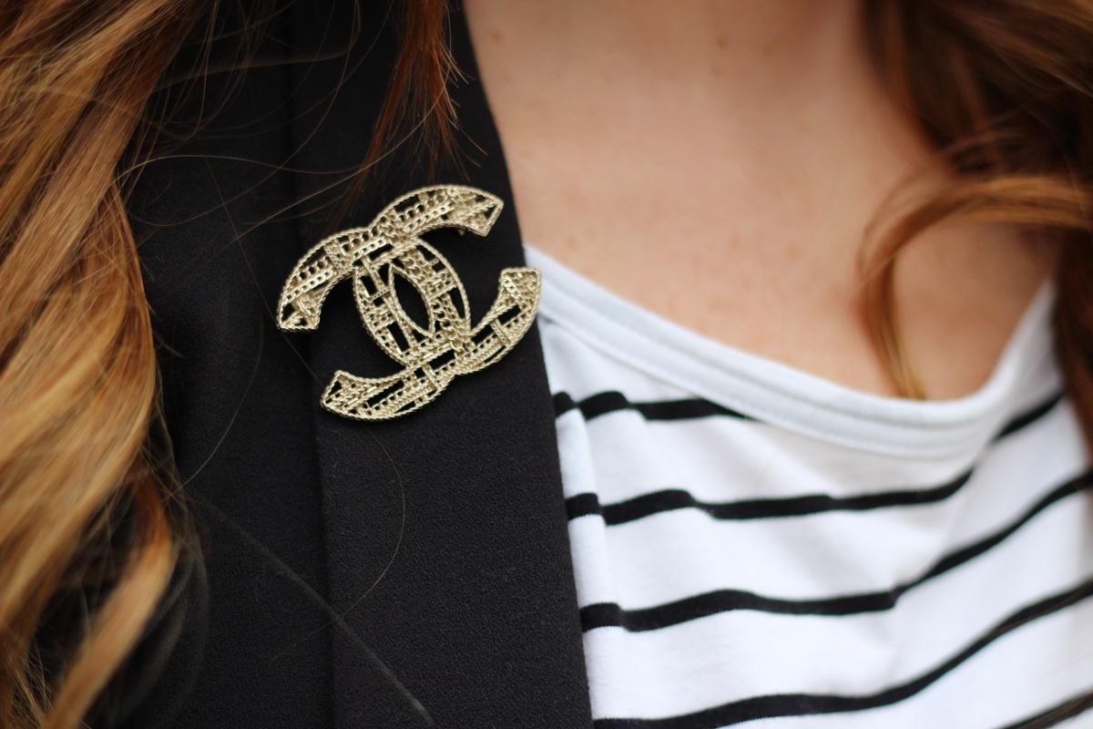 Outfit Stripes vs. Chanel Brosche Canello8