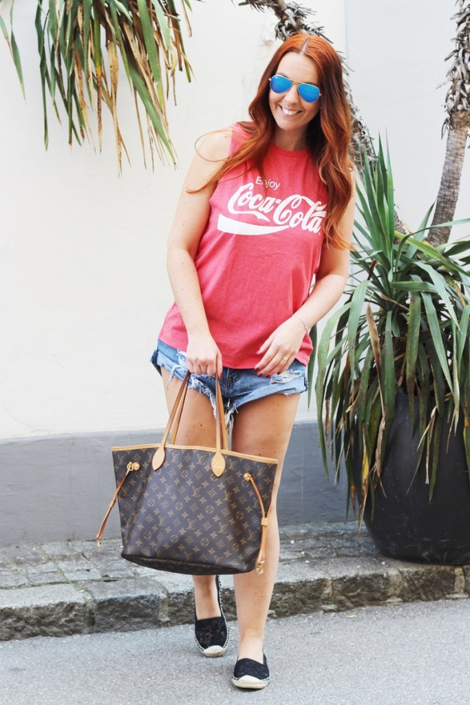 Outfit Summertime Coca Cola Backless Shirt1