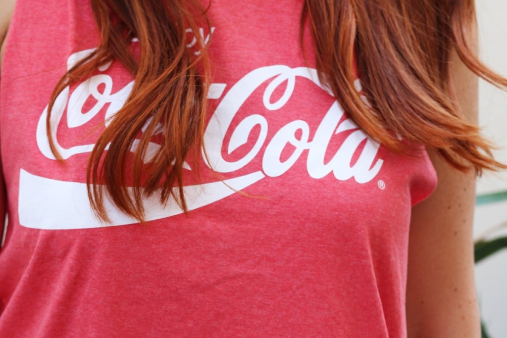 Outfit Summertime Coca Cola Backless Shirt14