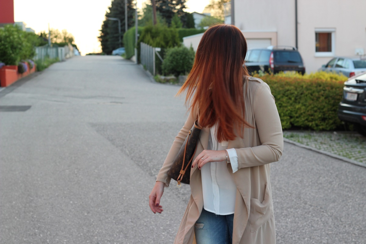 Outfit Trench Attitude12