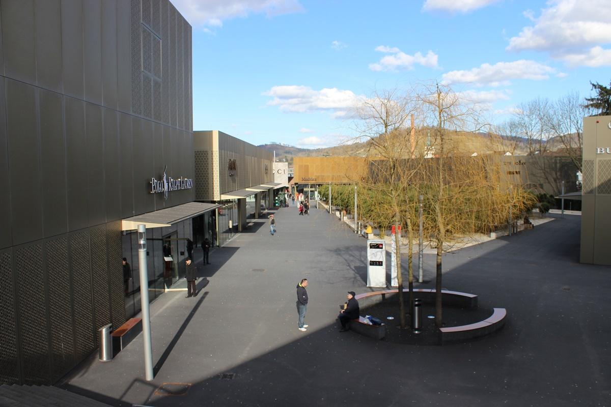 Outletcity Metzingen Stuttgart10