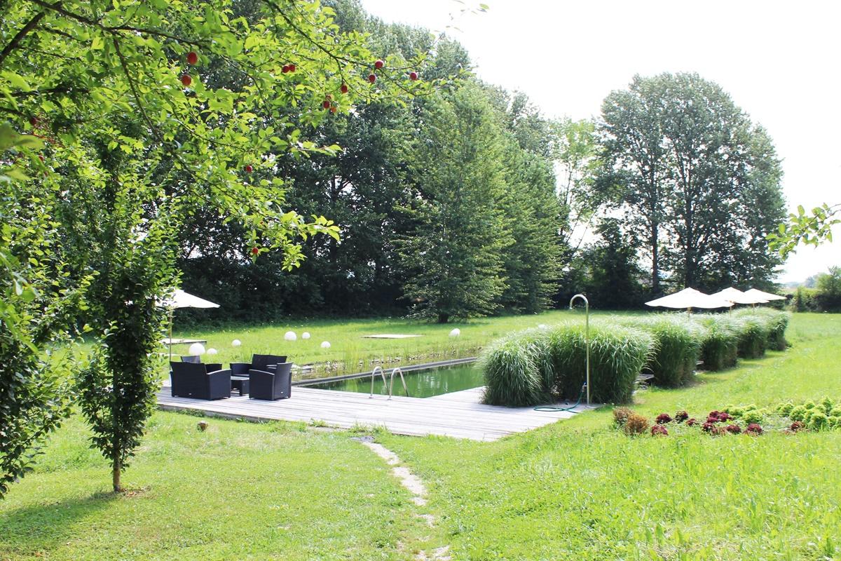 Schloss Mühldorf Feldkirchen Wedding Location Schwimmteich