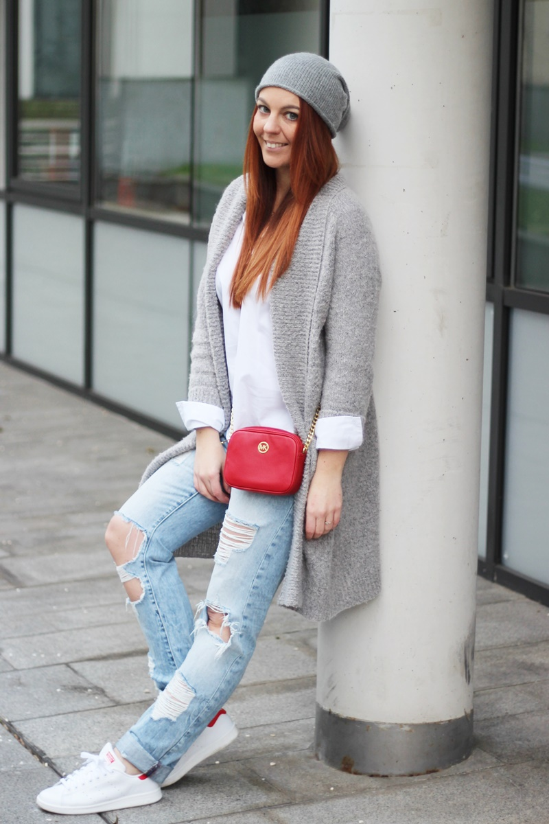 A Pop Of Red Outfit 7