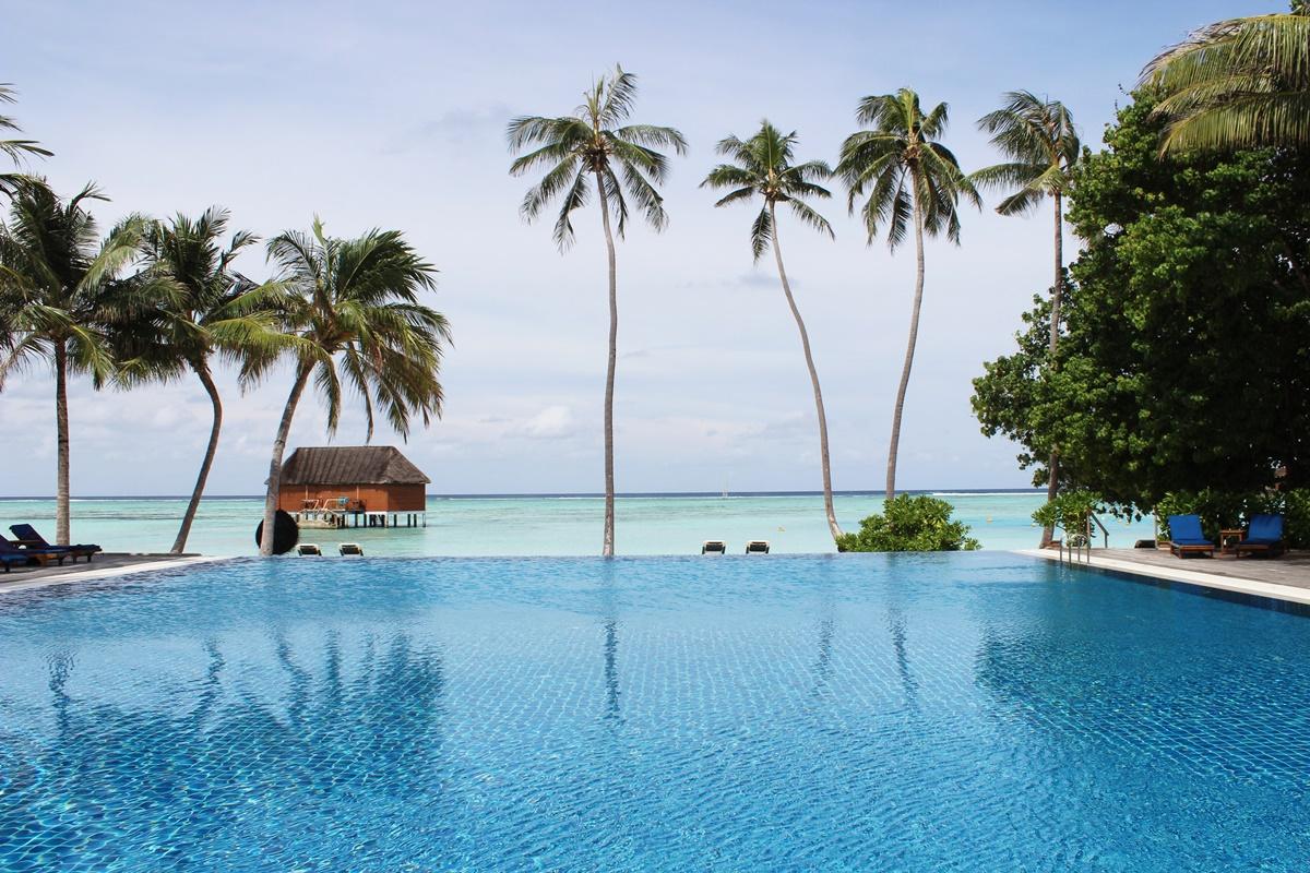 Honeymoon Maldives Meeru Island 53