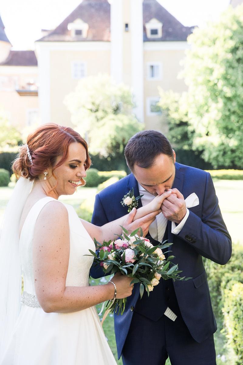 Wedding Mr. & Mrs. #SundAsagenJA 10