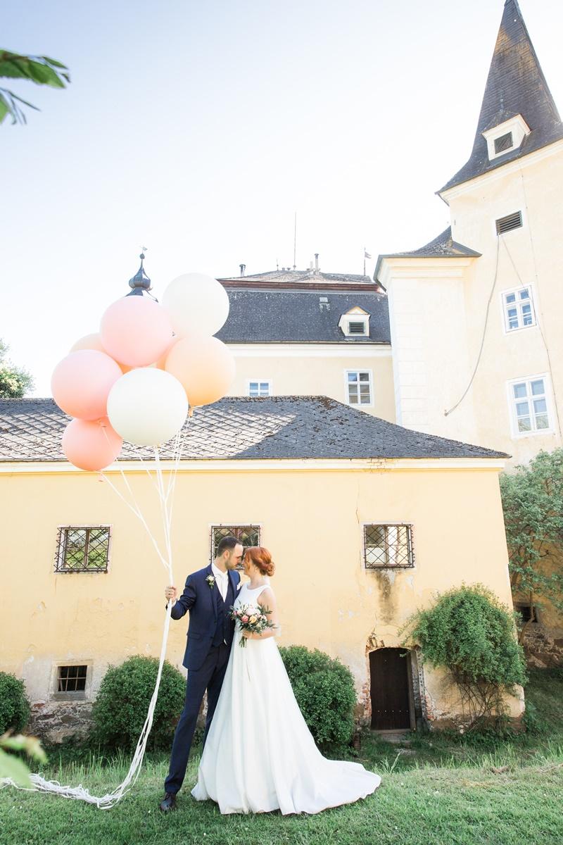 Wedding Mr. & Mrs. #SundAsagenJA 2