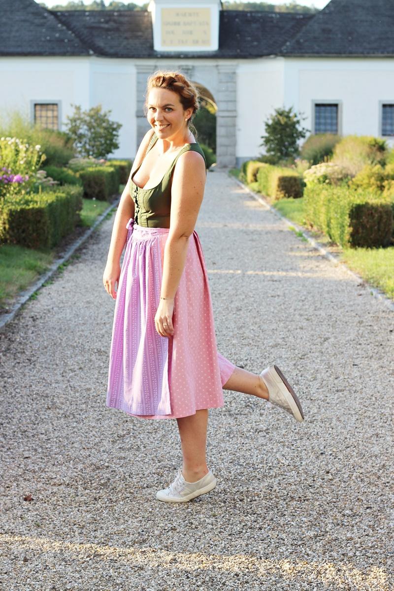 Blog Your Style Oktoberfest Attire Outfit Ausseer Dirndl 14