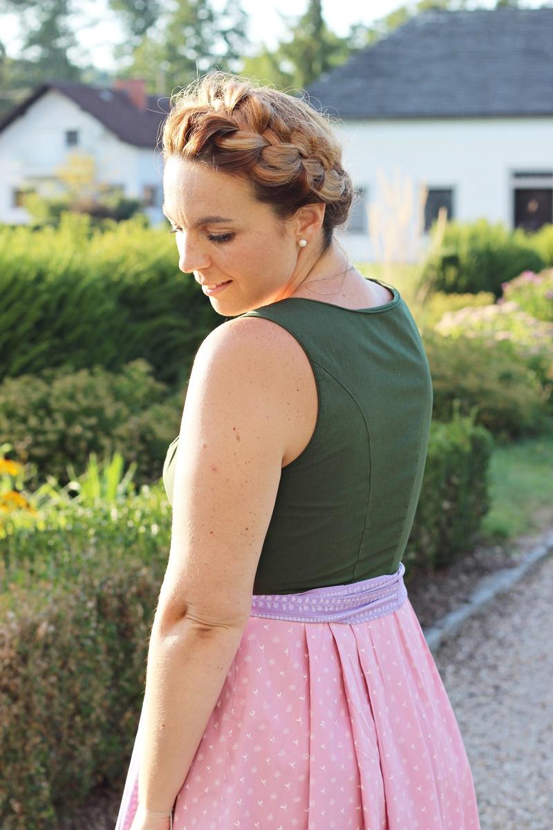 Blog Your Style Oktoberfest Attire Outfit Ausseer Dirndl 15