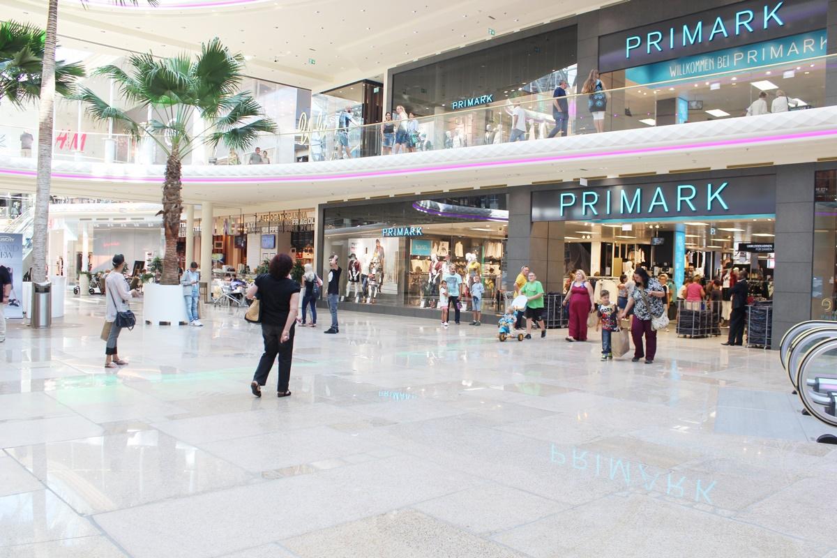 first-class-shopping-plus-city-pasching-29