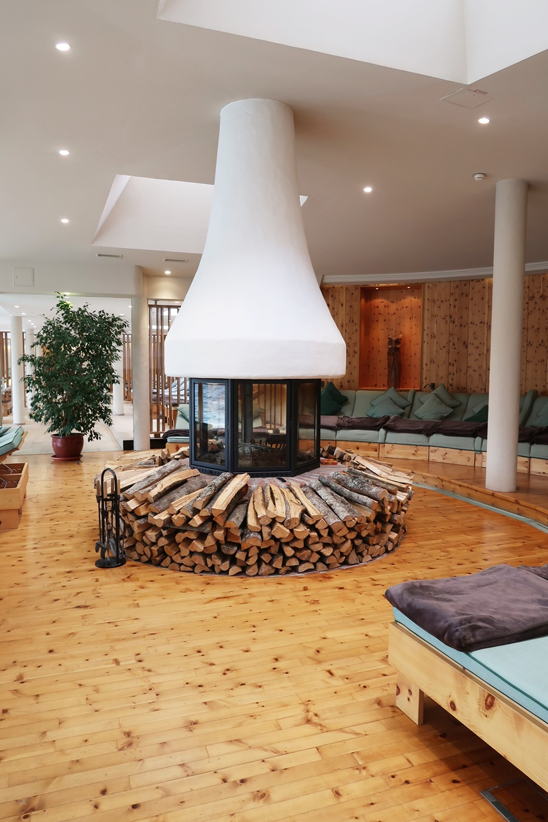 hotel-review-hotel-hochschober-turracher-hoehe-kamin-ruheraum