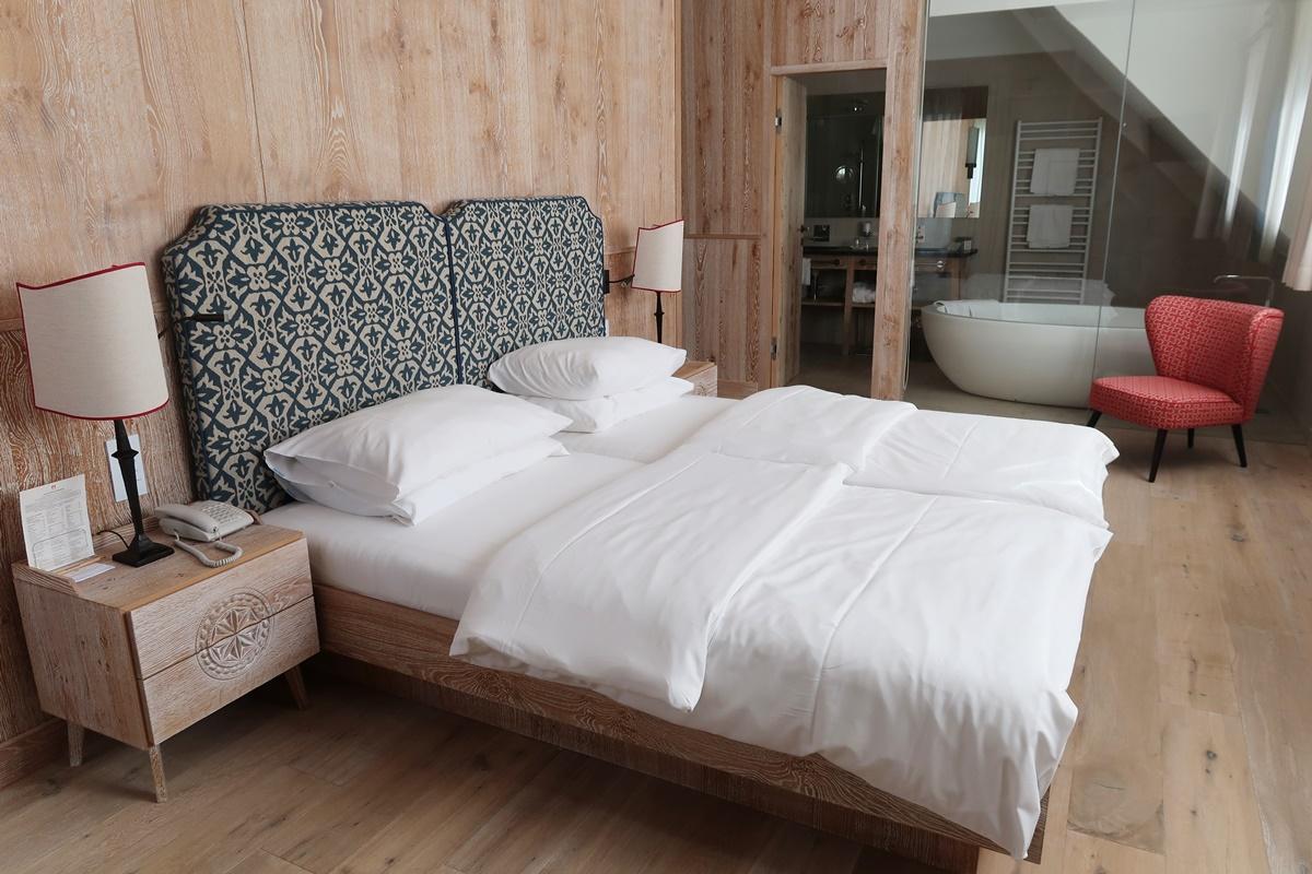 hotel-review-hotel-hochschober-turracher-hoehe-suite-402-schlafzimmer