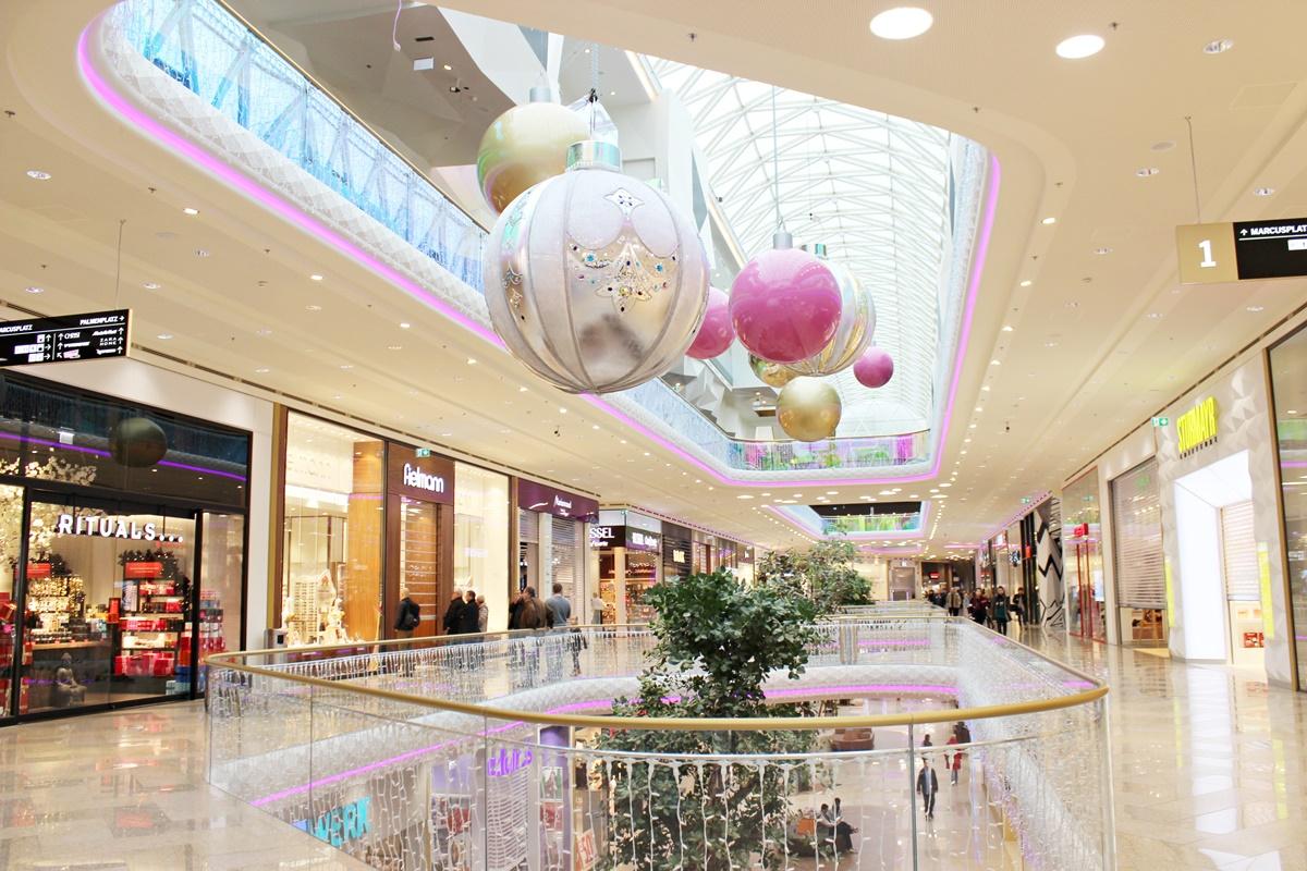plus-city-first-class-shopping-linz-austria-leoandotherstories-austrianblogger-11