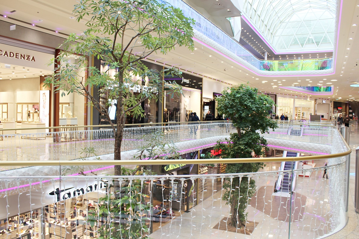 plus-city-first-class-shopping-linz-austria-leoandotherstories-austrianblogger-14