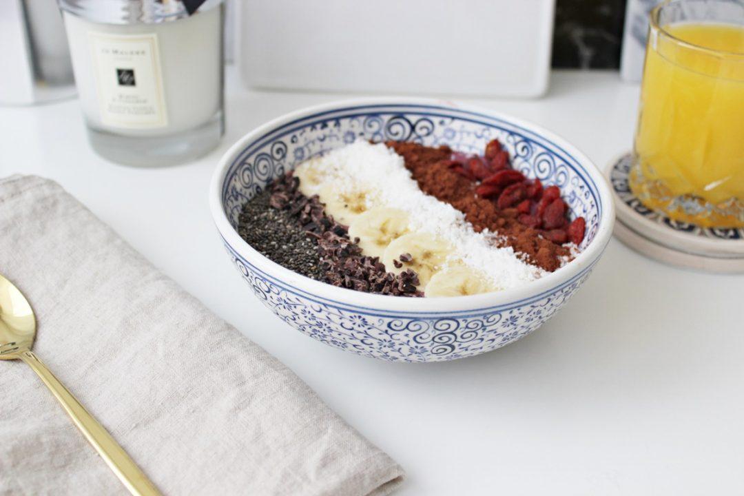 smoothie-bowl-recipe-leoandotherstories-austrianblogger-1