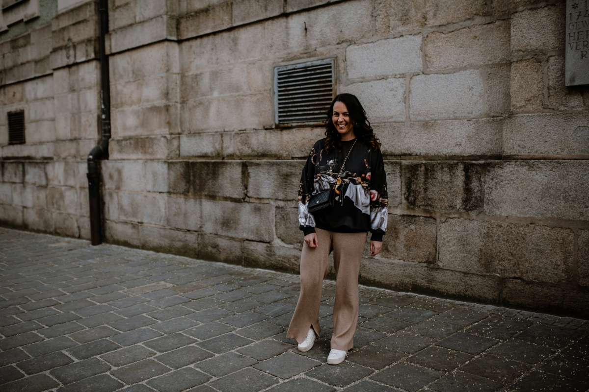 BLOG YOUR STYLE: SWEATER